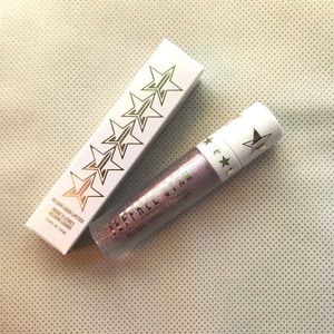 "Jeffree Star Velour Liquid Lipstick in ""Clout"""